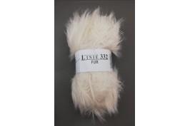 Fur 01 wit